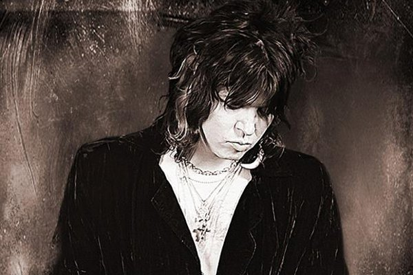 Tom Keifer featured