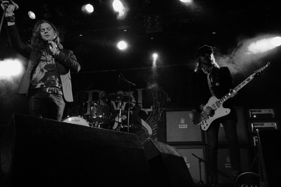 RIVAL SONS - LEEDS METROPOLITAN UNIVERSITY-13TH APRIL 2013 (20)