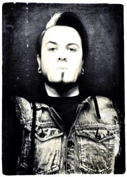 Raziel Quiroz (aka Raziel Dead)