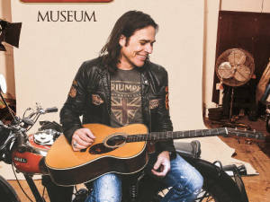 Mike_Tramp-Museum-1400px