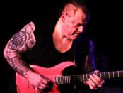 maniac rise guitar3
