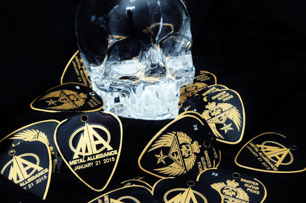 Sinister-Guitar-Picks-With-Crystal-Skull-600x399